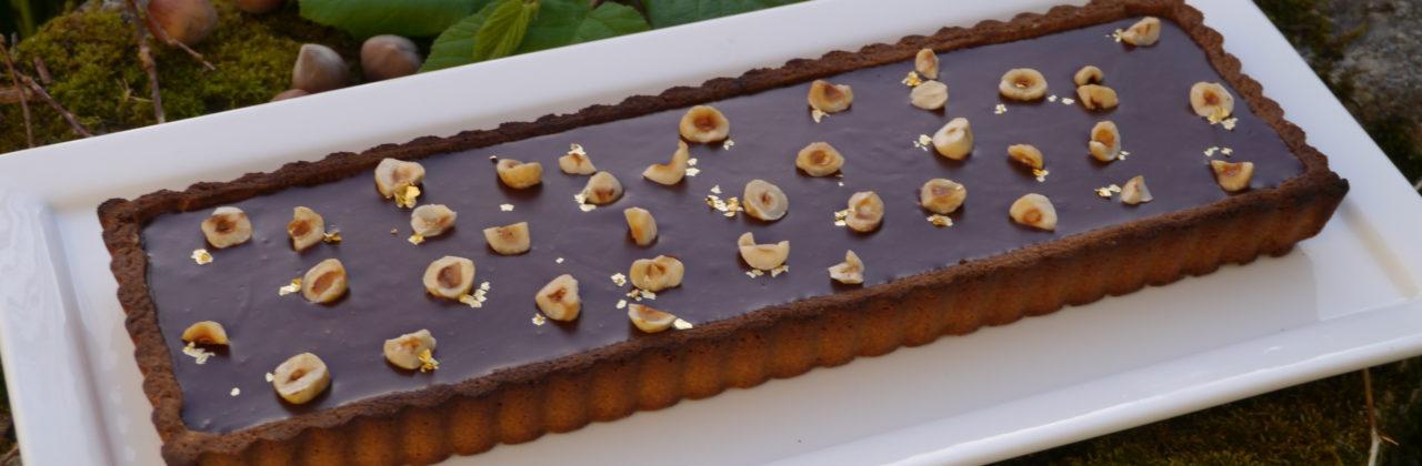 Tarte aux deux chocolats et noisettes torréfiées