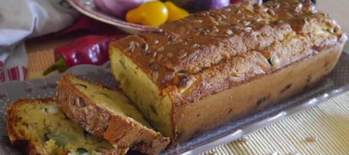 Cake moelleux aux courgettes, feta et menthe du jardin
